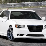 chrysler-300-srt