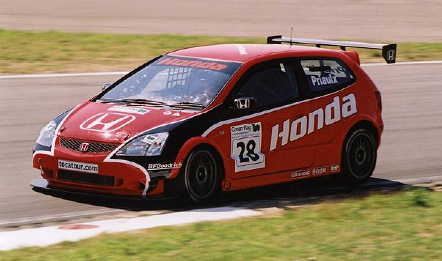 Andy Priaulx in the 2002 Honda Civic Type R
