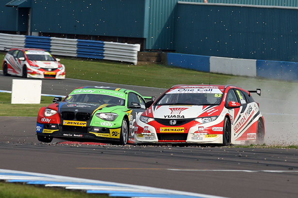 Shedden and Turkington conclude their last lap skirmish with a final corner coming together. Image Credit: BTCC.net