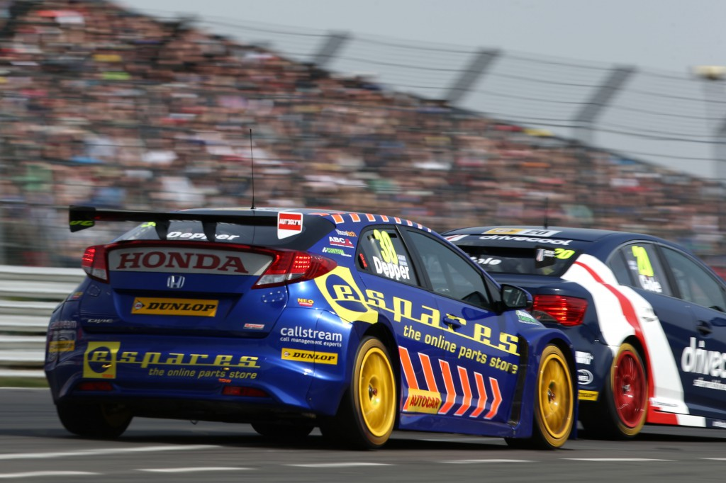 The bottom bread in the Pirtek sandwich, Jordan leading and Depper far, far down at the back. Image Credit: BTCC.net