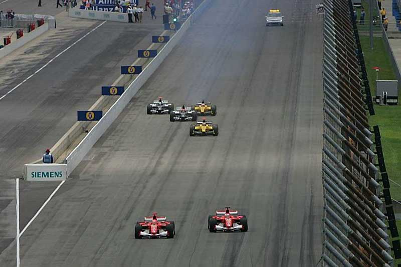 Anyone remember this? After a tyre dispute only 6 cars took part in the 2005 Indianapolis GP. Image Credit: worldf1.allmyblog.com