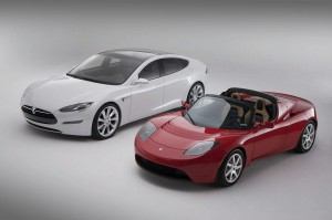 P1-CEO-Tesla-Motors-Products-Model-S-upper-left-white-Roadster-bottom-right-red