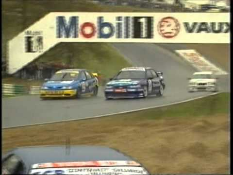 Around the outside! Cox stuns crowds at a soaked Brands Hatch. Image Credit: Youtube
