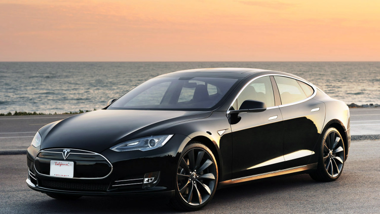 It will take some doing for Apple to our-do Tesla, but maybe that's why they tried poaching some of their staff! Image Credit: Autoblog.com