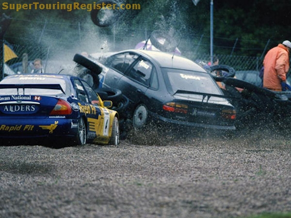 Ouch. Time to call for backup? Enter Will Hoy stage left. Image taken from: SuperTouringRegister.com