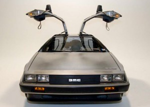 DeLorean_DMC-12_with_doors_open