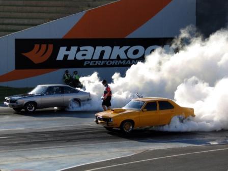 224105-drag-racing