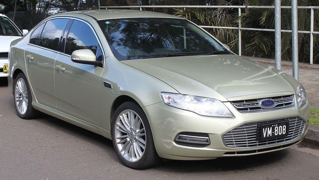 2013_Ford_Falcon_(FG_II)_G6E_EcoBoost_sedan_(22380970376)