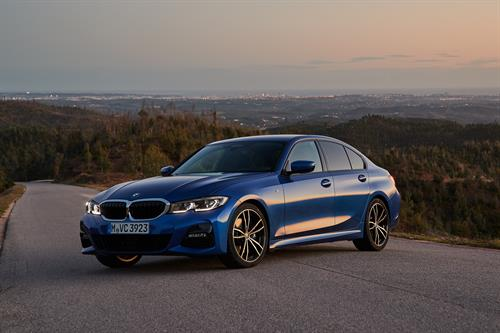 2019 Bmw 3 Series Gets A Makeover A Wheel Thing
