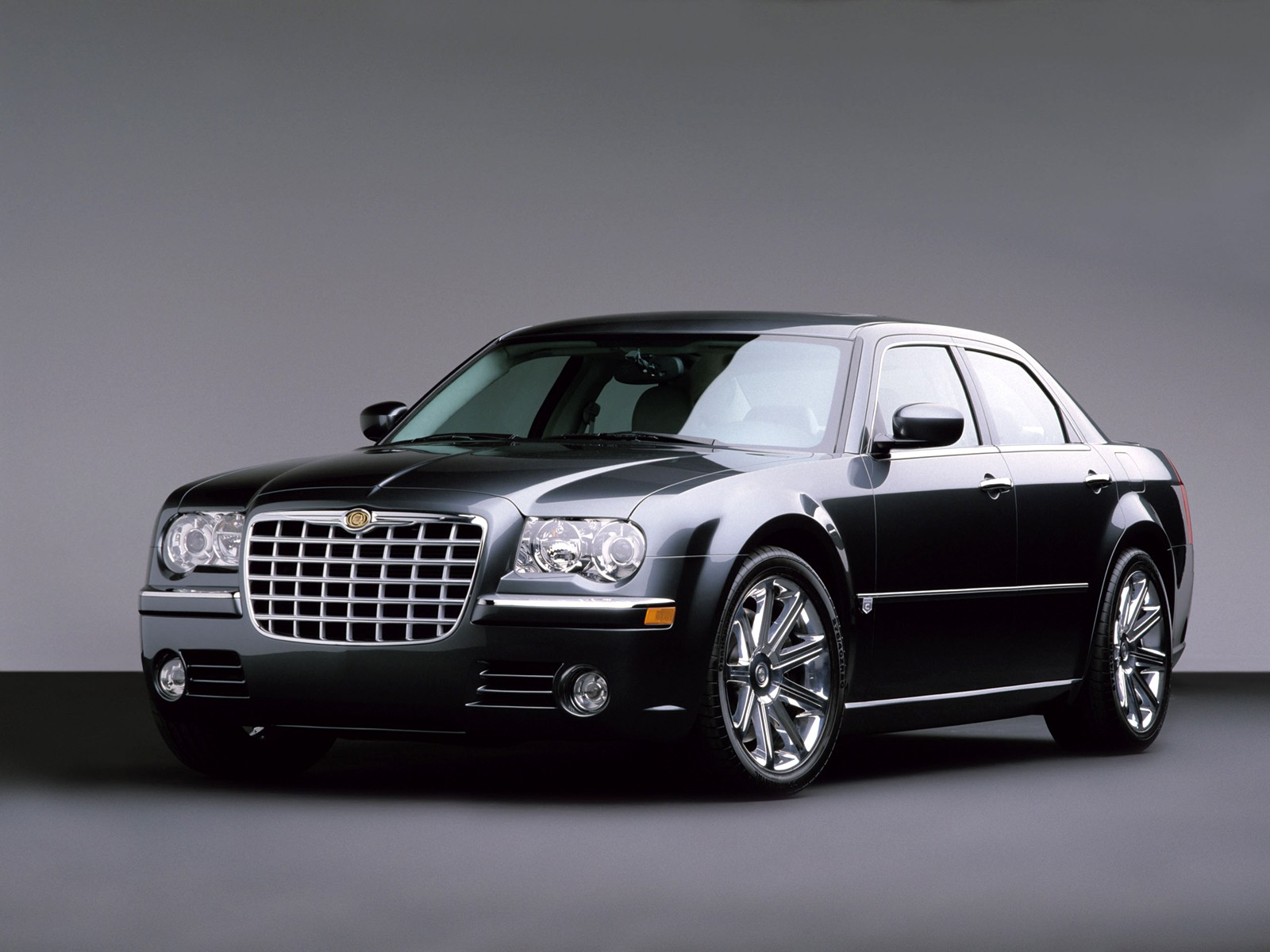 CHRYSLER 300C WALLPAPER