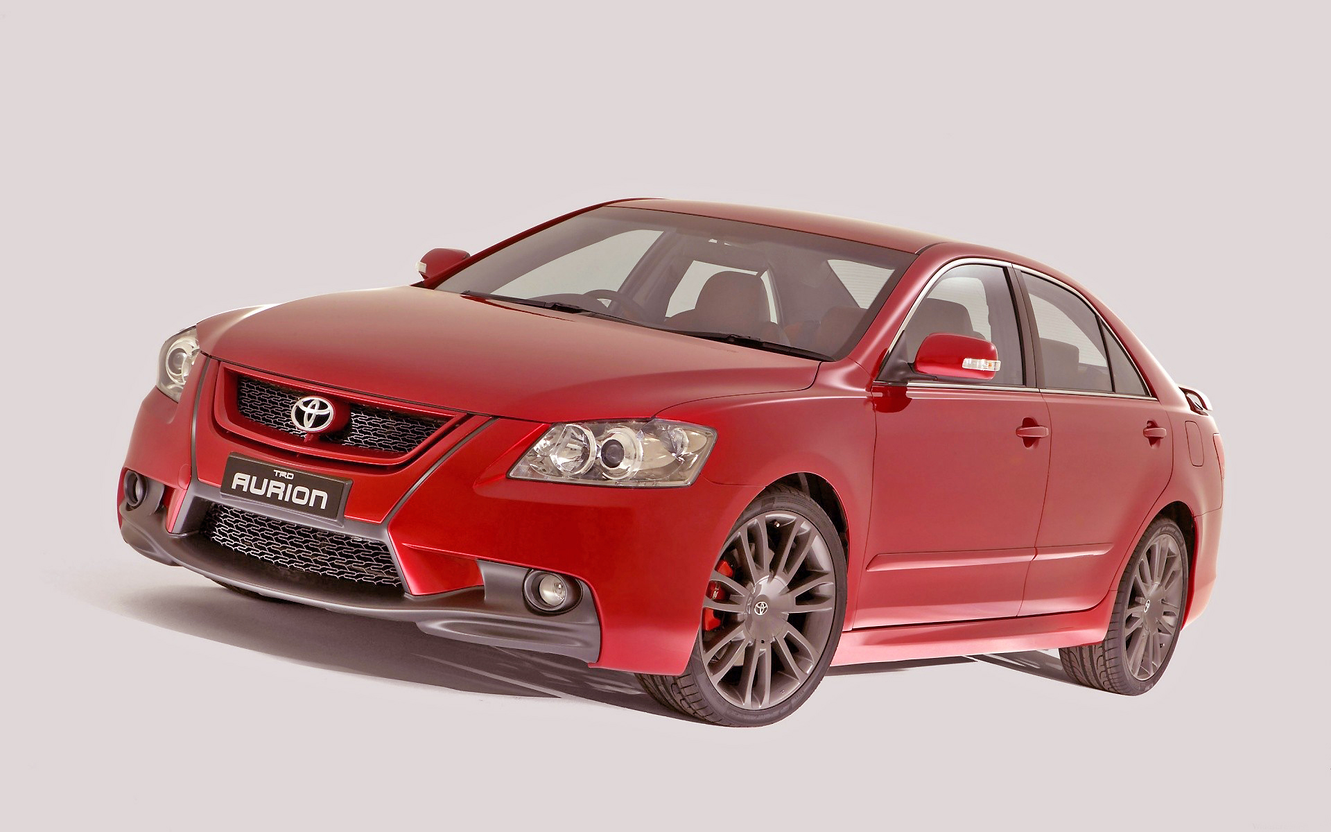 Big, sassy and powerful, the well-equipped Toyota Aurion's got it together, nicely.