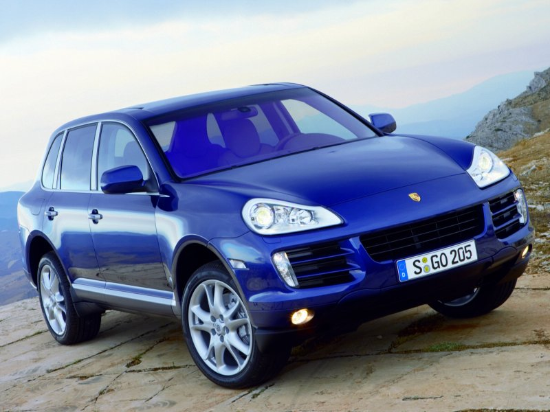 Stunning new looks have been added to freshen up the Porsche Cayenne models. There is added power aplenty, too.
