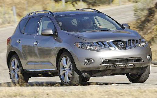 Smooth lines and a freshened up face make the 2011 Nissan Murano a nice, well-priced SUV contender.