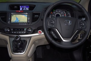 The Honda CR-V 2WD has loads of comfort, features and a great fit-n-finsh.