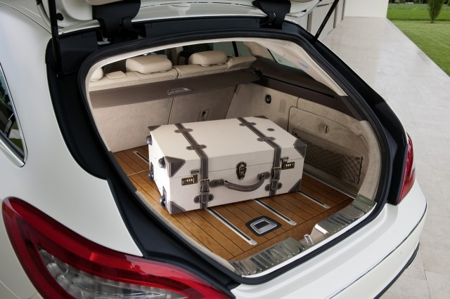 Luggage space in the Mercedes Benz CLS Shooting Brake is as luxuriously finished as any other area in the magnifcent CLS interior.