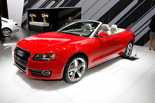 Stop drooling over the Audi S5 Cabriolet - you'll ruin your keyboard.
