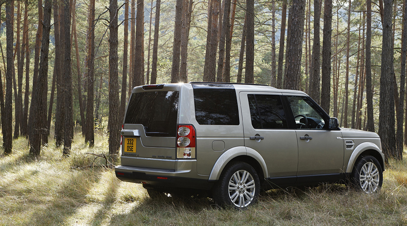The Land Rover Discovery 4 in its true setting: the great outdoors.