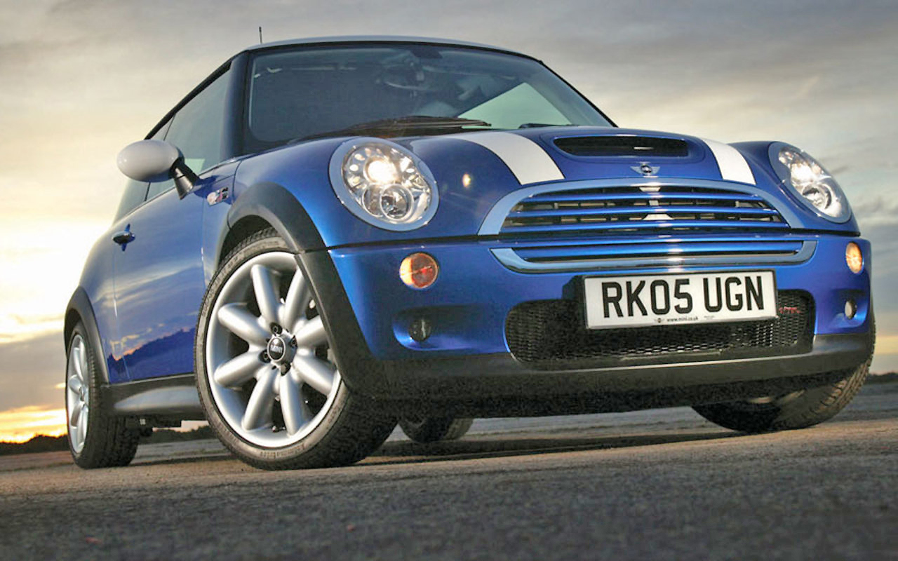 First rate looks, and loads of fun make the Mini Cooper a stand out set of wheels.