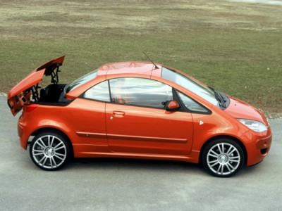 The Mitsubishi Colt Cabriolet has cute looks that promise a lot of driving fun.