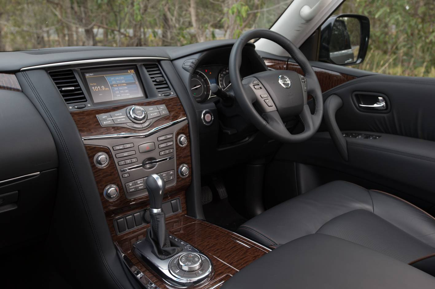 The new Nissan Patrol V8 models offer a fresh new interior design that provide gorgeous detailing and materials, particularly the Ti-L model.