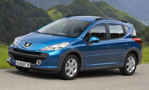 Is the Peugeot 207 Touring a big small car or small big car? It doesn't matter, because it's a great drive.
