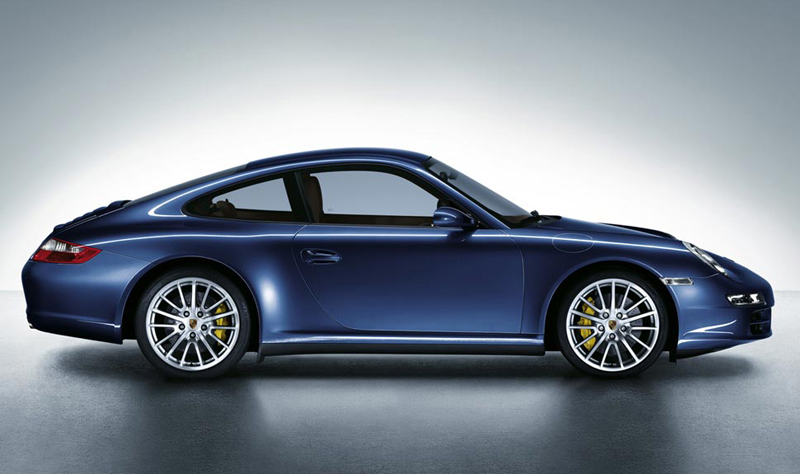 Ultimte AWD traction gives the very fast Porsche 911 Carrera 4 models even more weaponry.