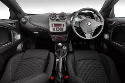 Alfa-MiTo-Quadrifoglio-Verde-Interior
