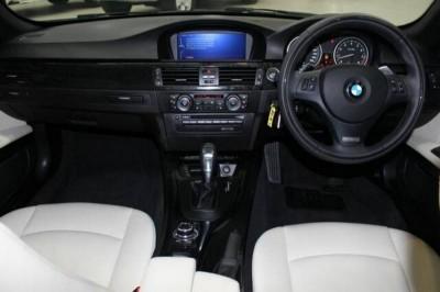bmw 3 series convertible interior 2012