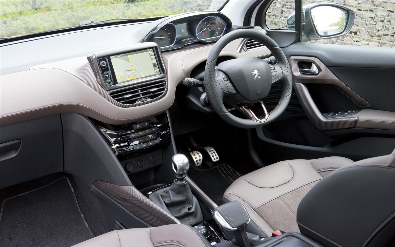 Peugeot 2008 suv private fleet for Interior peugeot 2008