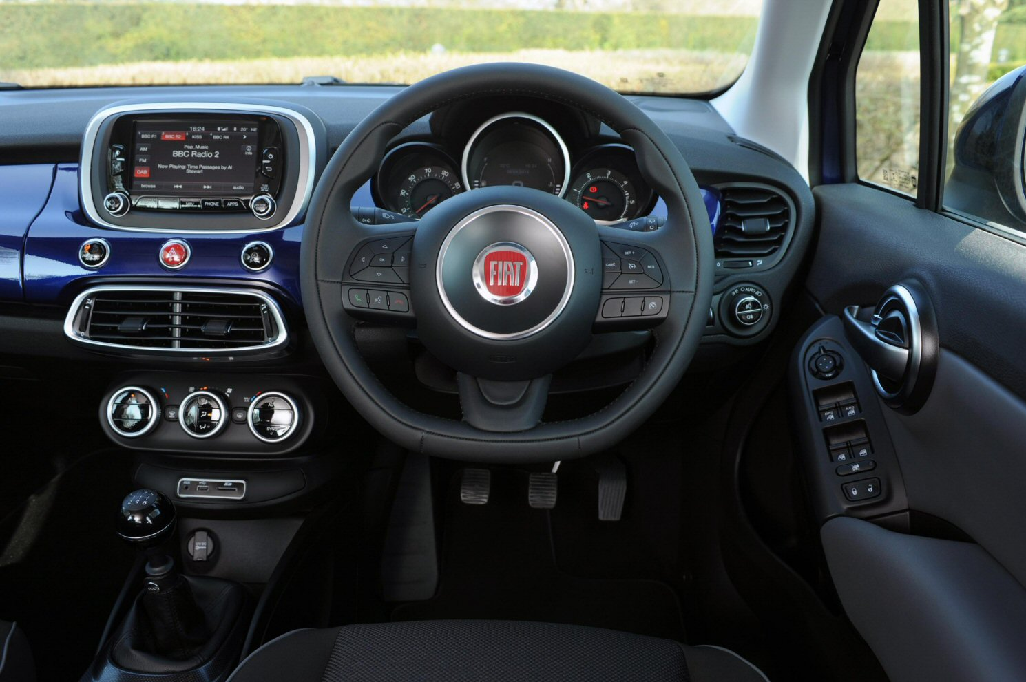 fiat 500x petrol private fleet. Black Bedroom Furniture Sets. Home Design Ideas