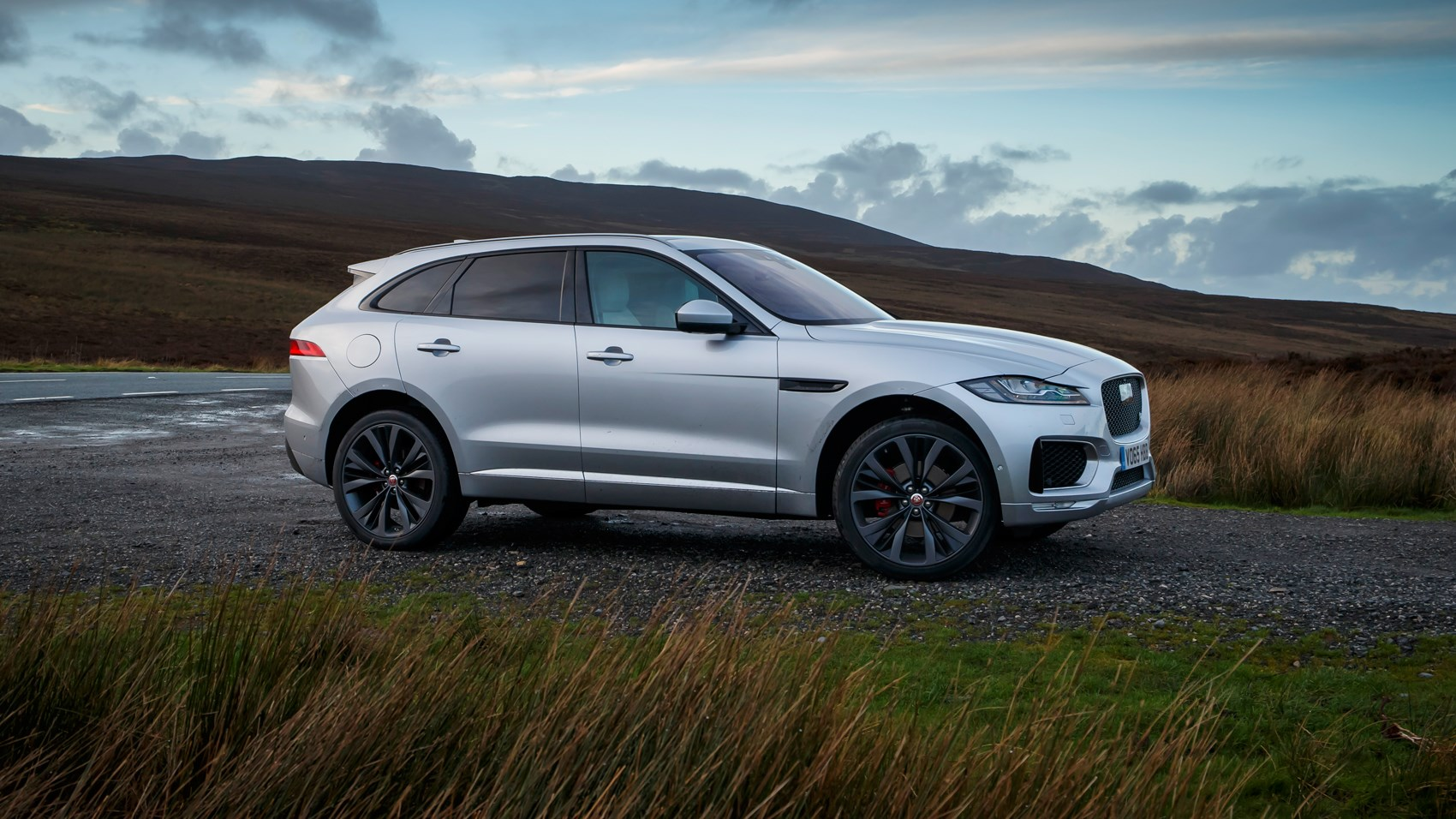 jaguar f pace diesel private fleet. Black Bedroom Furniture Sets. Home Design Ideas