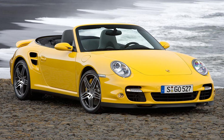 Striking looks and hot performance make 2011 a bright year for any Porsche 911 buyer.