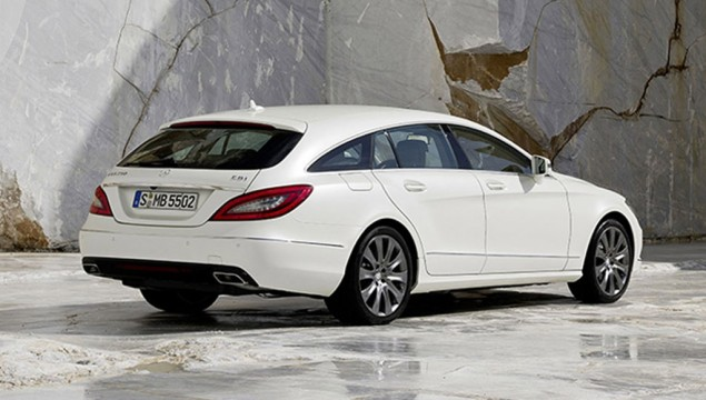 A long, low profile gives the new Mercedes Benz CLS Shooting Brake a sporty elegance to match the glorious interior.