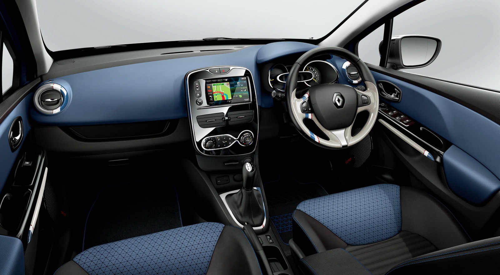 Renault clio iv review private fleet for Interieur clio 4