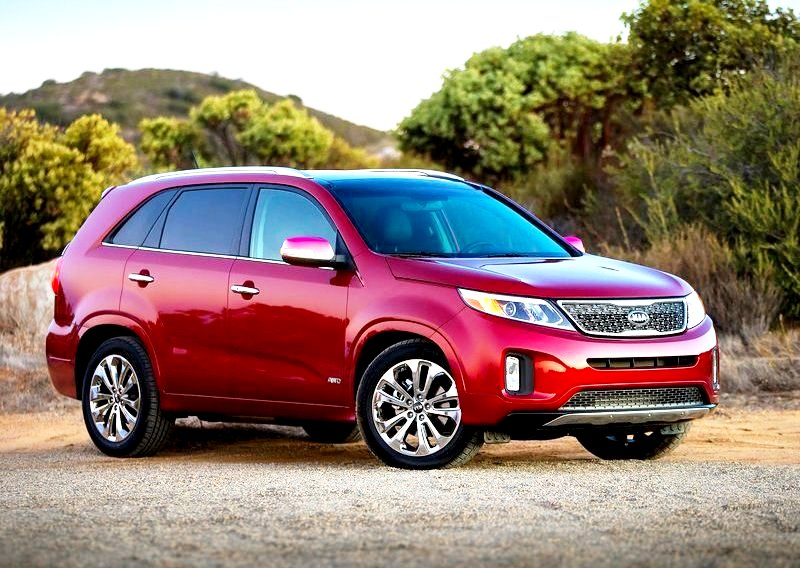 A classy looking Kia Next Gen Sorento is arguably the nicest looking large SUV on the market.