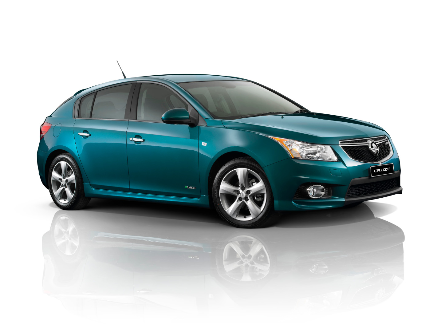 The fully kitted out Holden Cruze SRi-V Hatch is stunning, inside and out.