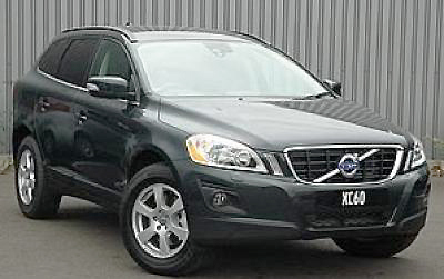 The Volvo XC60 2.4 D5 looks as good on top of hill as it does in your driveway.