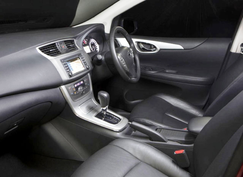 Pulsar hatch private fleet for Nissan pulsar interior