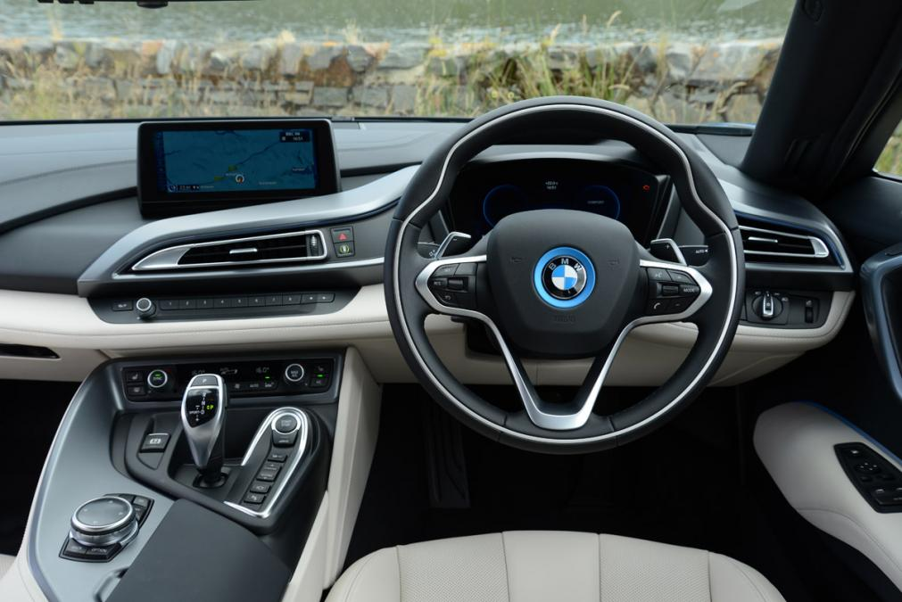 Bmw i8 private fleet for Bmw i8 interior