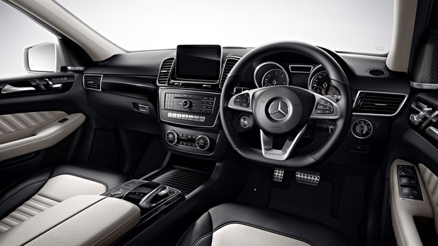 created benz suv road mercedes review reviews diesel driving ml bluetec test